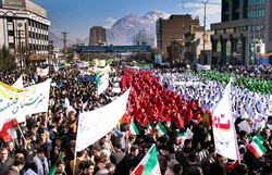 تحقق آرمان های اسلامی مهمترین دستاورد انقلاب است