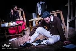 "Ani Arezumanian (L) and Milad Qanbari act in a scene from ""Partners in Crime"" by Sevak Nazarian at the Parviz Parastui Hall in Tehran. (Tiwall/Sara Saqfi)"