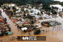 باران در غرب کشور موجب بهراه افتادن سیل در برخی شهرها شد