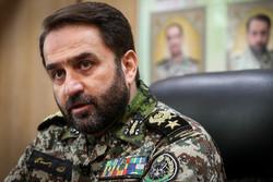 العميد اسماعيلي يتفقد مواقع الدفاع الصاروخي بمياه ايران الجنوبية