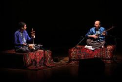 تنبور و کمانچه در تالار رودکی همنشین شدند/ روایتی از یک ساز کهن
