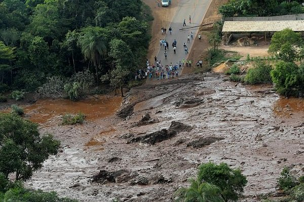 VIDEO: Aerial footage shows aftermath of dam burst in Brazil