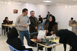 اجرای زنده طراحی پوستر«چهل» در قزوین برگزار شد