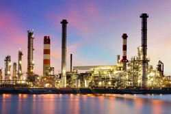 Iran kicks off construction of a petrochemical refinery in Oman Sea