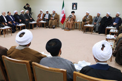 Leader receives officials of Islamic Propagation Center of Qom Seminary
