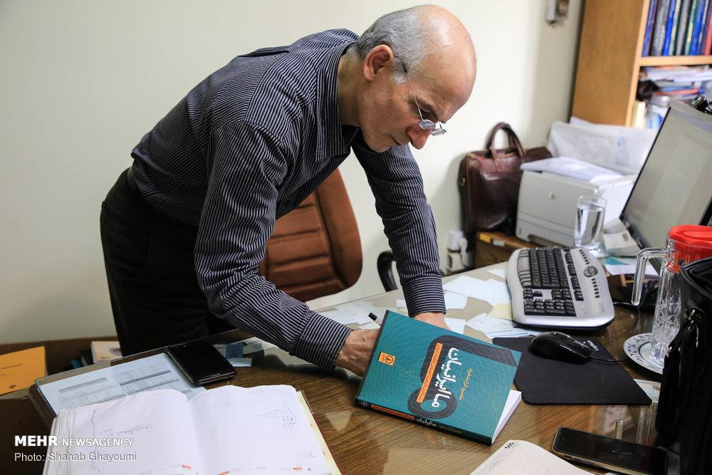 مقصود فراستخواه در گفتگو با مهر: نظریه عقب ماندگی کارآمد نیست/ بحث خلقیات ایرانی پایه علمی ندارد