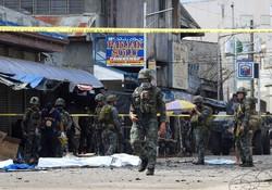 بمبگذاری در کلیسایی در فیلیپین