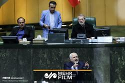 ظریف در مجلس از برجام باز هم دفاع کرد