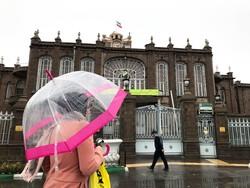 Tebriz'de yağmur etkili oldu