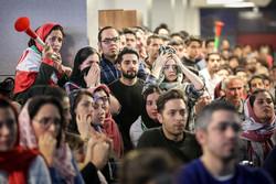 Heyecan dolu maçı izleyen Tahran halkı