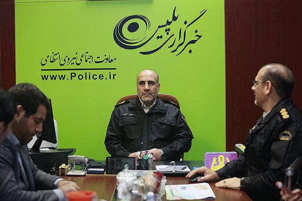 موضع پلیس در مقابل کشف حجاب/کوتاه نمیآییم