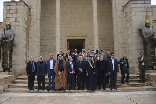Iran amb. to Baghdad meets with Iraqi scholars, journalists, tribal leaders