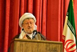 مامۆستا قادر قادری: دەست لە پاراستنی دین، خەڵک و دەسەڵاتی ئێران هەڵناگرین