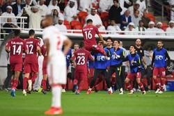 دیدار تیم های فوتبال امارات و قطر