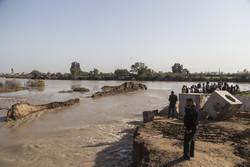 استحکامبخشی سیل بند نهر روستای«ابن عربید »شادگان در دست اجرا است