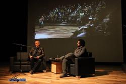 آثار تازه ای در بطن داستانهای ایرانی خلق کنید