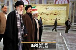 گزارشی از حضور رهبر معظم انقلاب در بهشت زهرا (س)