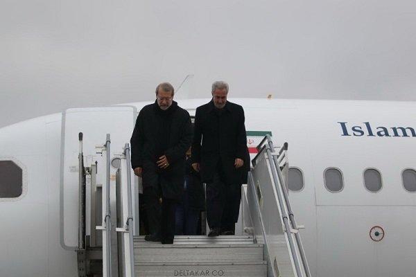 Parl. speaker Larijani lands in Tabriz