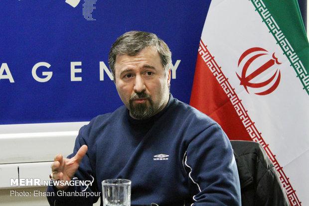 تأملی در باب دانشگاه ایرانی: مدیریت مکانیکی و مدیریت ارگانیک