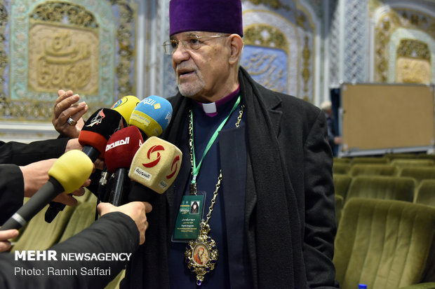 نخستین همایش بینالمللی امام رضا(ع) و گفتوگوی ادیان