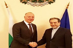 Minister calls for tapping Iran-Bulgaria transport potentials