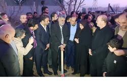 عملیات طرح توسعه گلخانه در بویین زهرا آغاز شد