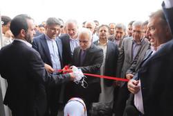 بازدید وزیر اقتصاد از طرحهای فولاد و پتروشیمی مکران/افتتاح کارخانه تولید تور ماهیگیری