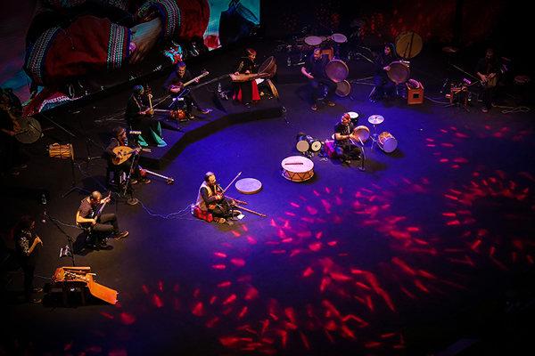کنسرت خیریه گروه رستاک به نفع سیل زدگان در سنندج برگزار میشود
