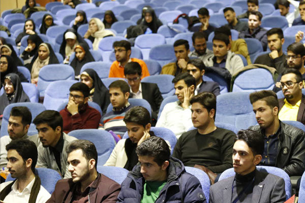 کمک ۳۰ میلیارد ریالی وزارت بهداشت به تجهیز فضاهای فرهنگی دانشگاهی