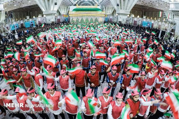 Commemoration of 'Ten-Day Dawn' in Imam Khomeini's mausoleum