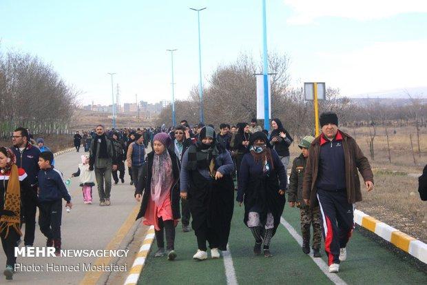 همایش پیادهروی خانوادگی در اردبیل