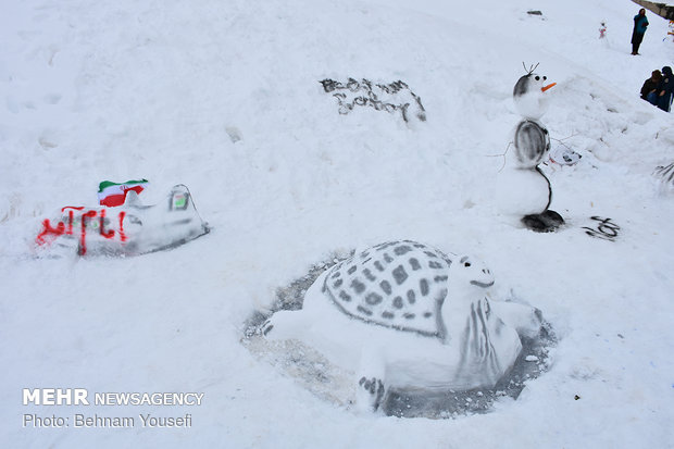 Snowman festival in Shazand sky resort
