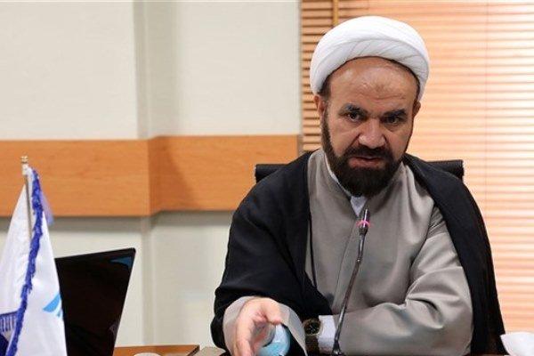 انتشار متون قرآنی در دستور کار دانشگاه آزاد است