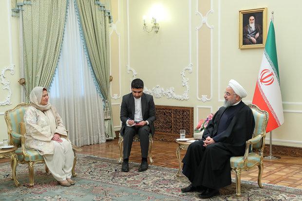 روحاني يكشف عن مدّ خط أنابيب غاز من إيران الى باكستان