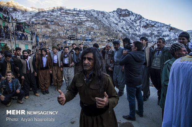 """مراسم """"بير شاليار"""" الكردية في محافظة كردستان"""
