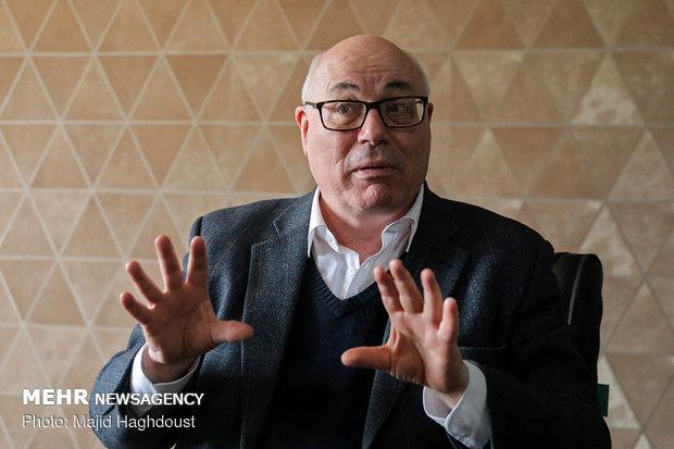 گفتگو با کریستین کوک کارشناس انرژی و استاد دانشگاه لندن