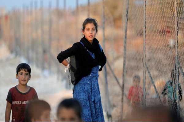 ورود دهها خانواده آواره سوری از الرکبان به گذرگاه جلیغم
