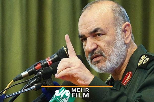 واکنش مردم به اعلام خبر سقوط پهپاد آمریکایی توسط سردار سلامی