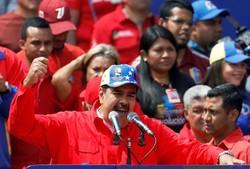 مادورو: کودتا در ونزوئلا به هدف نرسید/ اشغال ریاست جمهوری همانند سلاحهای کشتار جمعی عراق دروغ است