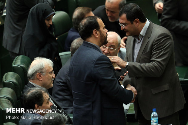Parliament's session to approve new Iran's health minister