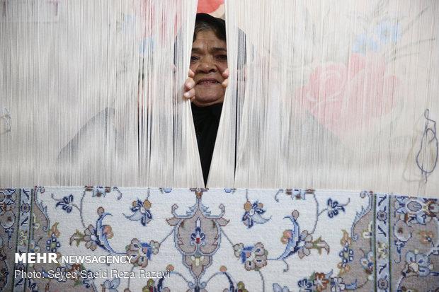 مادر شهید علی خیرخواه روستای رهق کاشان