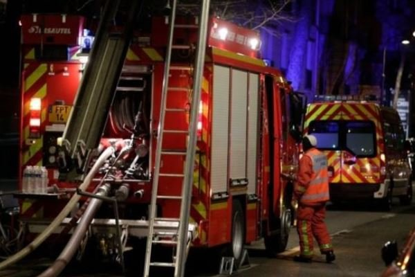 Fire in wealthy Paris district kills seven, 30 injured