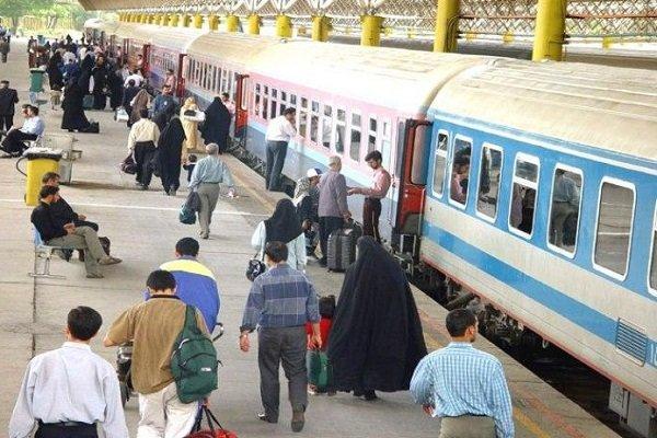 ۳۸ قطار رجا زائران اربعین حسینی را جابهجا میکنند