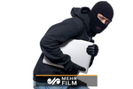 دزدی که از ترس دزدهای دیگر وسایل مسروقه را پنهان میکرد
