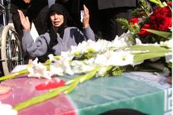 استقبال جثامين شهيدين من شهداء الدفاع المقدس في تبريز/صور