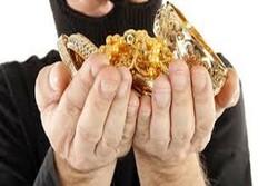 سارق طلا و جواهرات در گرمه دستگیر شد
