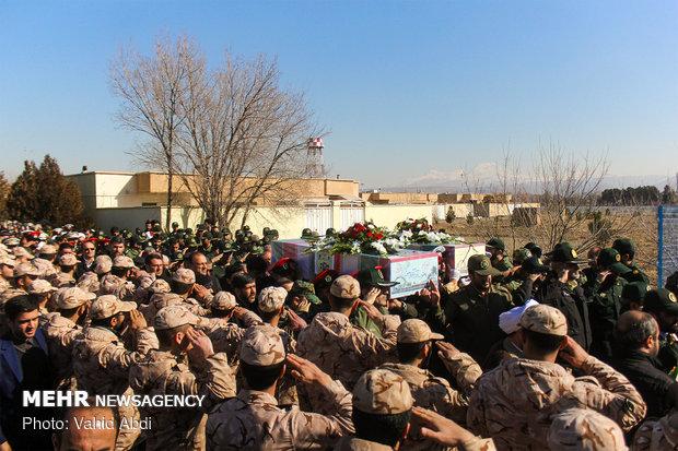 استقبال جثامين شهيدين من شهداء الدفاع المقدس في تبريز