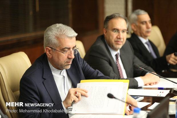انتقال مالی صادرات برق به عراق طبق قرارداد