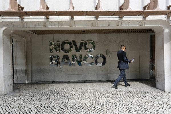 بانک پرتغالی انتقال داراییهای ونزوئلا به اوروگوئه را متوقف کرد