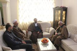 شهدا ولی نعمتان انقلاب اسلامی هستند